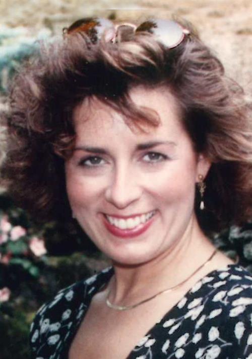 Carolyn R Webster
