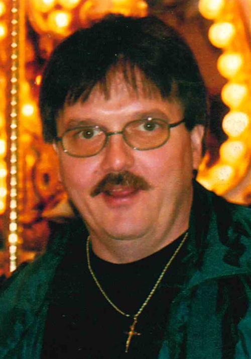Martin T Henderson